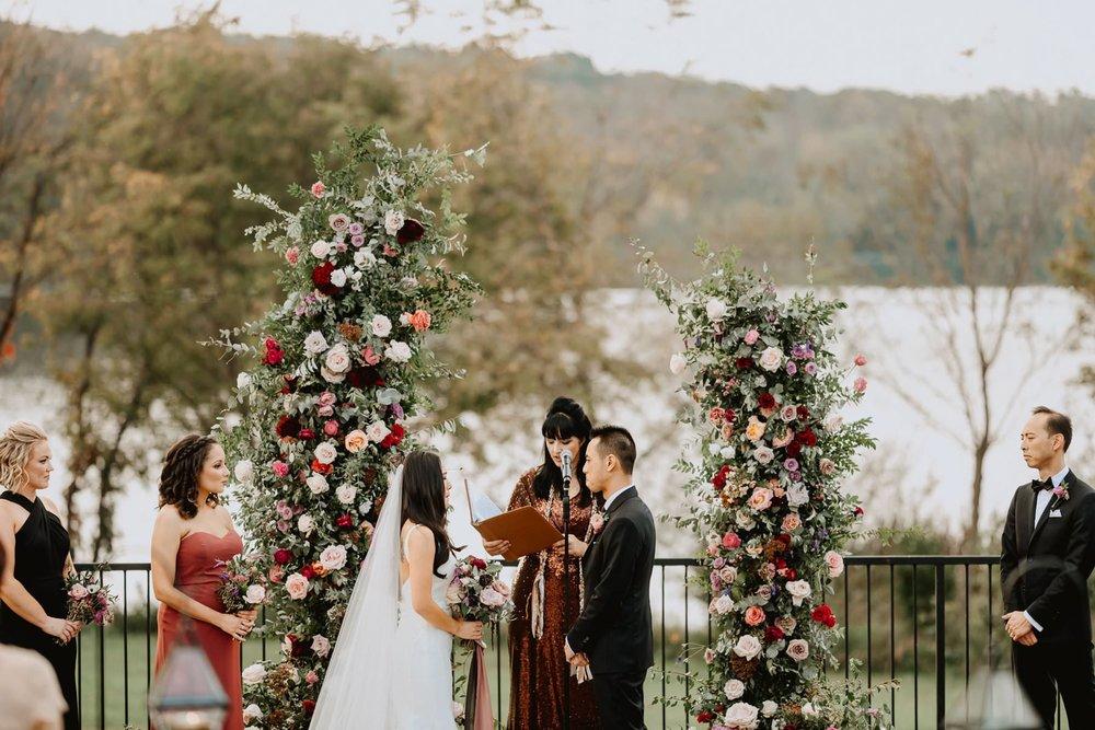 138-lake_house_inn_wedding-8.jpg