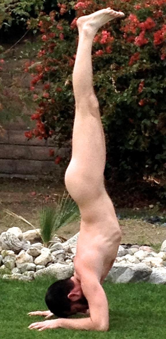 forearm handstand 2.jpg