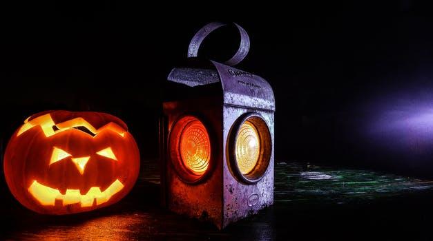 lamp-halloween-lantern-pumpkin.jpg