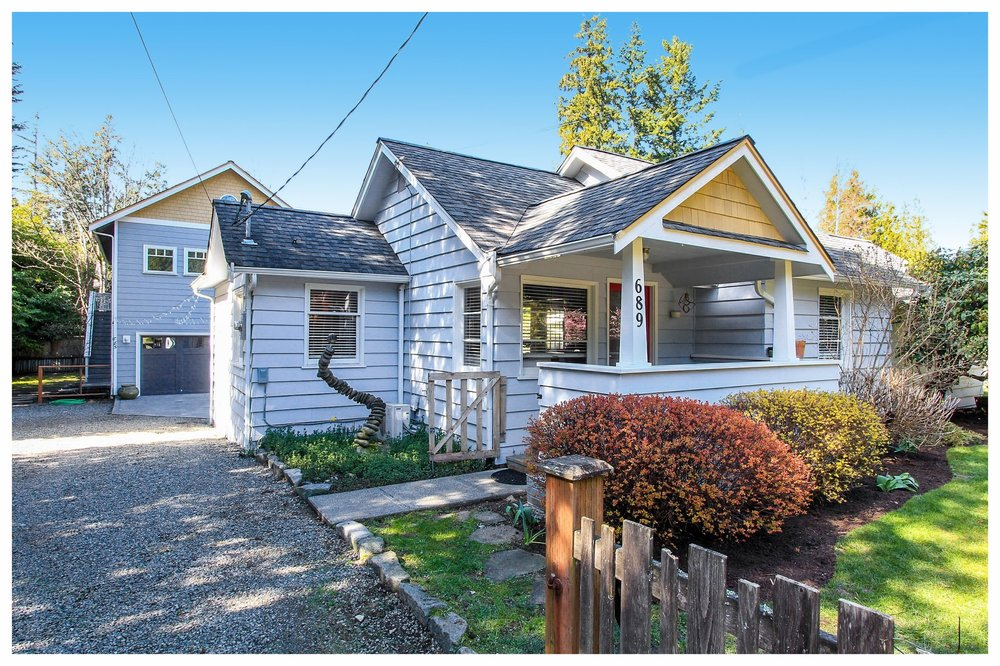 Come on in and see this darling 1,328 square foot home built in 1949.