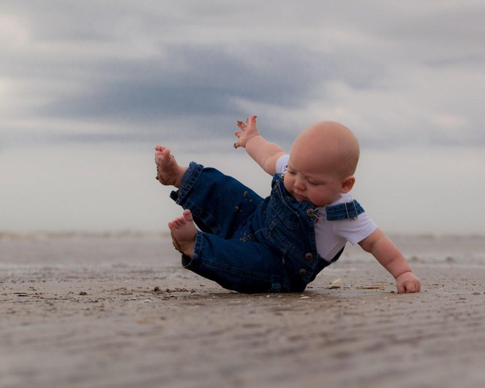 Beach Baby Acrobat.jpg