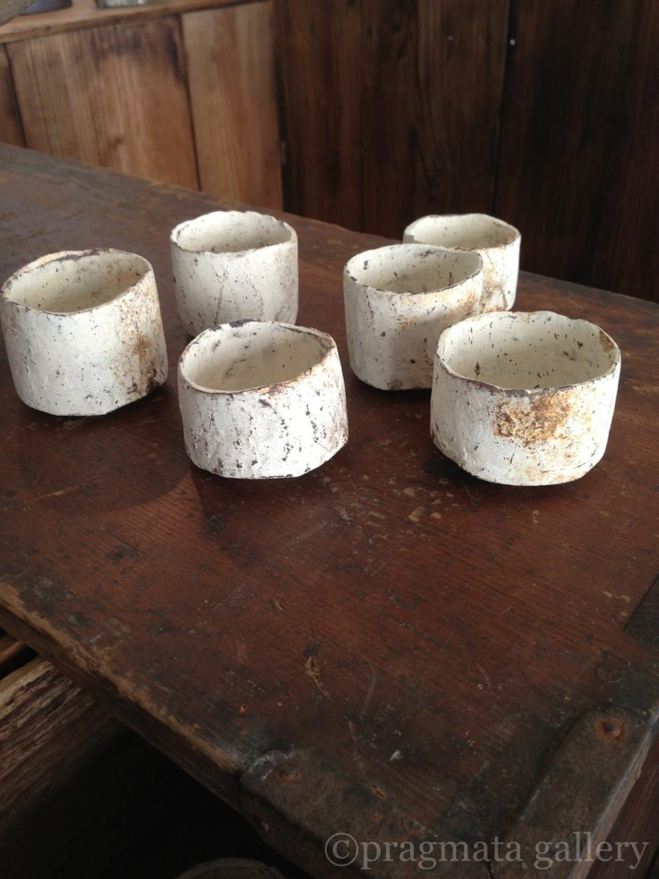 pragmata-gallery :     Small cups by Nikaido Akihiro.   二階堂明弘さんのぐい飲みです。