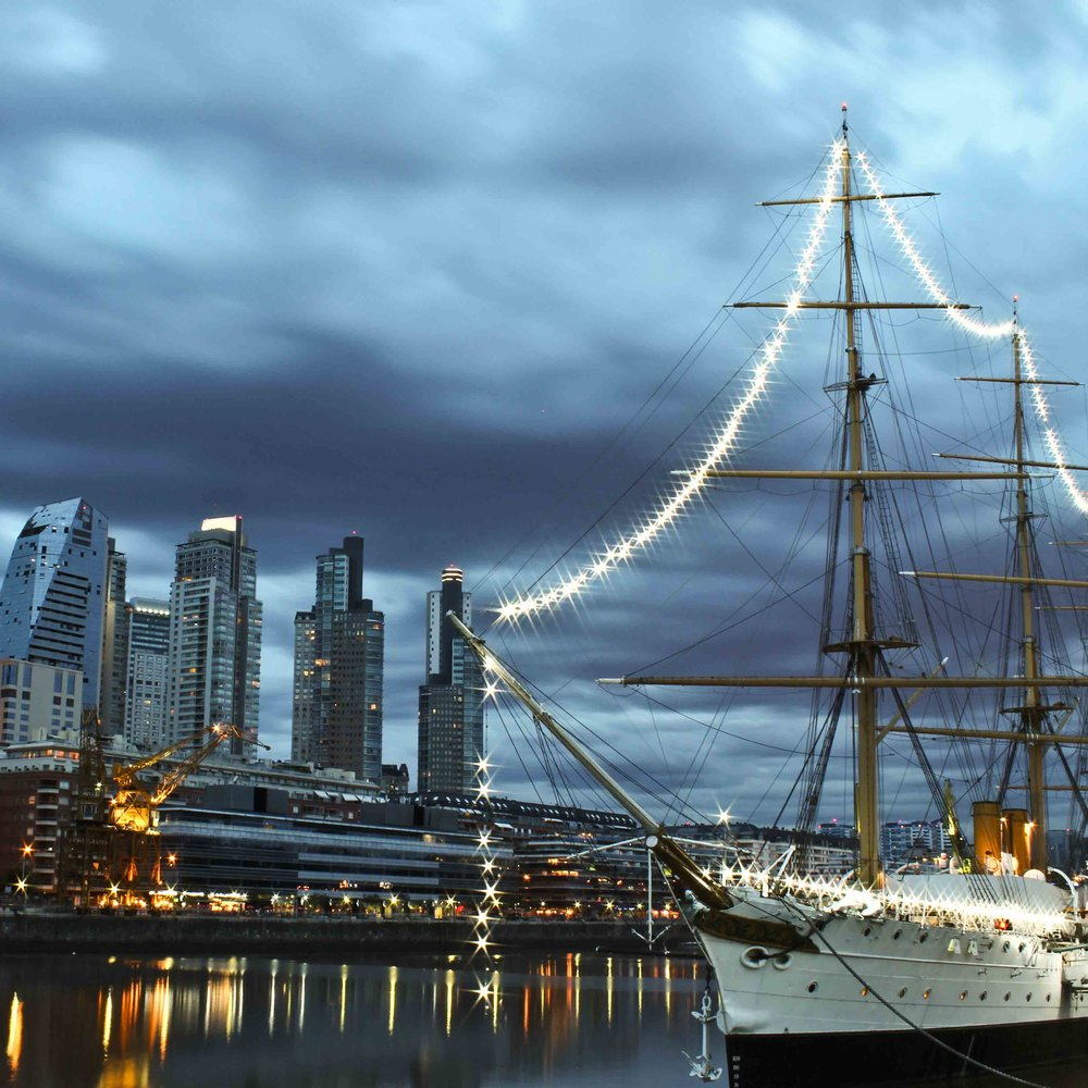 Puerto Madero Ship