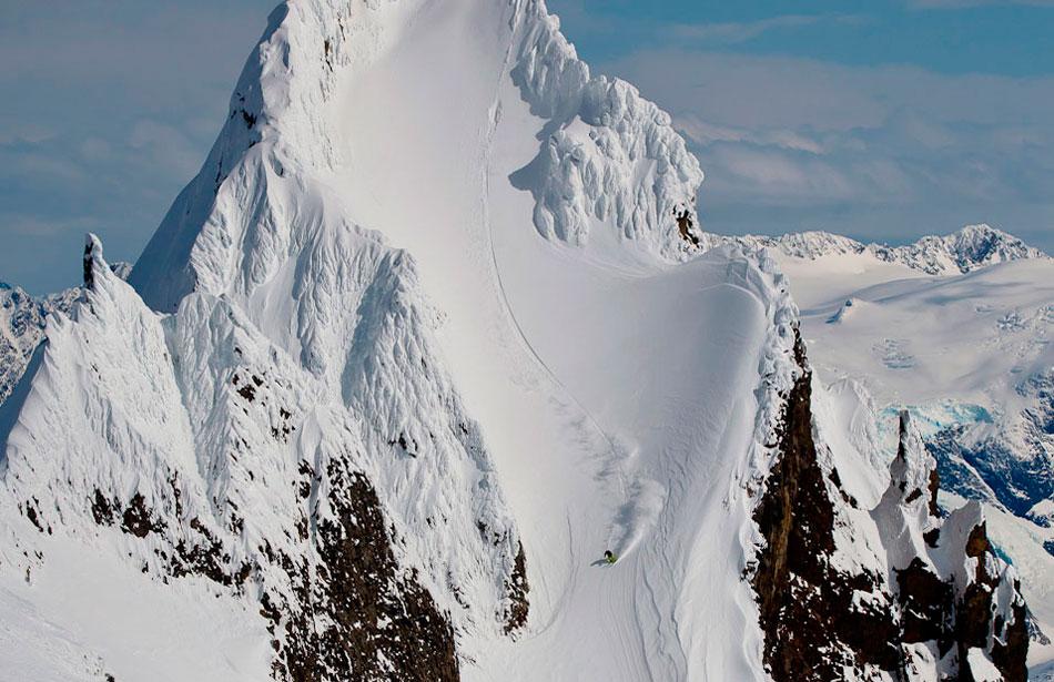 13) Heli Ski Alaska