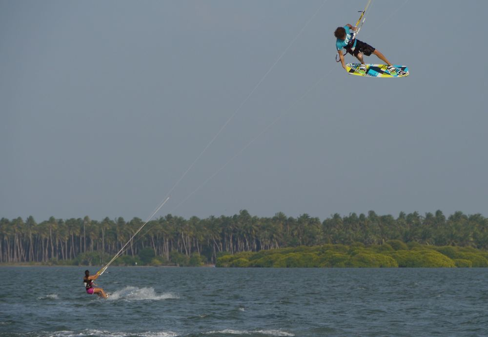 SriLanka_Kitesurf_Jump.jpg