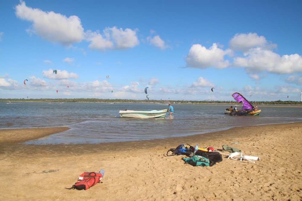 Best flat water for learning to kitesurf in Kalpitiya