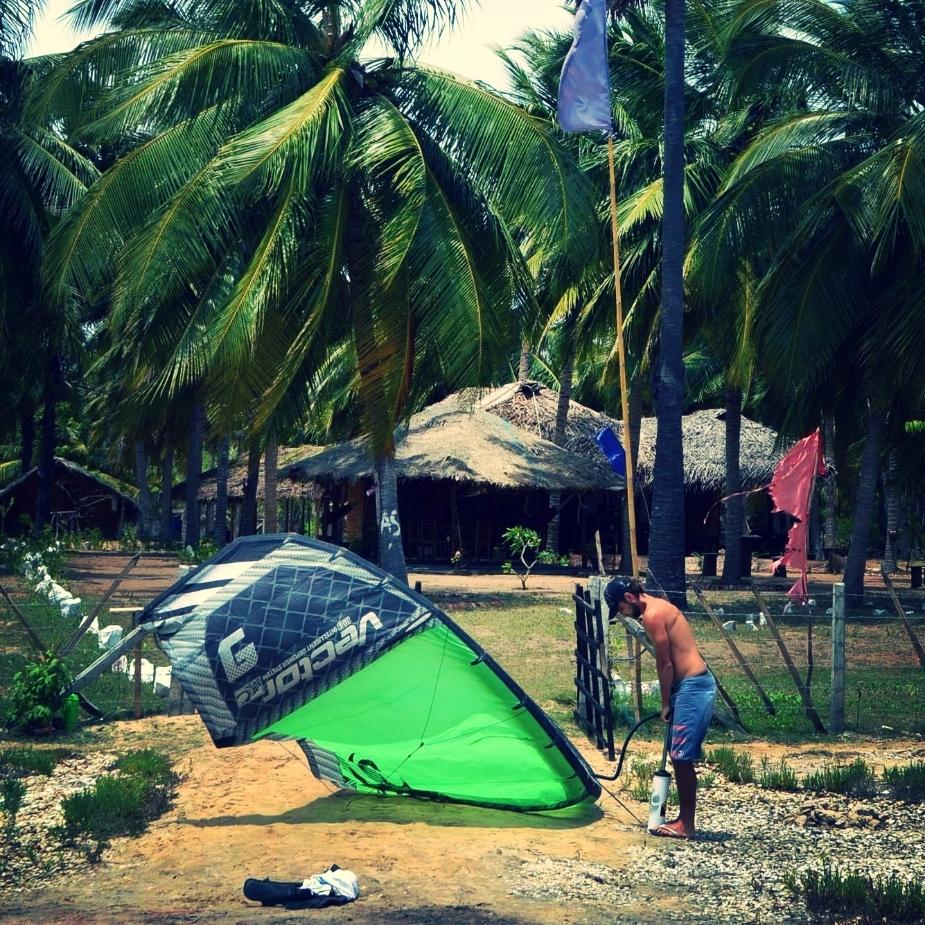 start kiting right by Kalpitiya kite lagoon