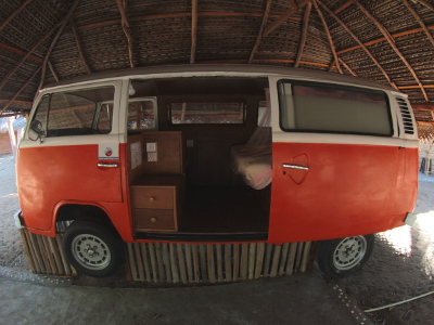The only Old school Volkswagen surf camper in Sri Lanka