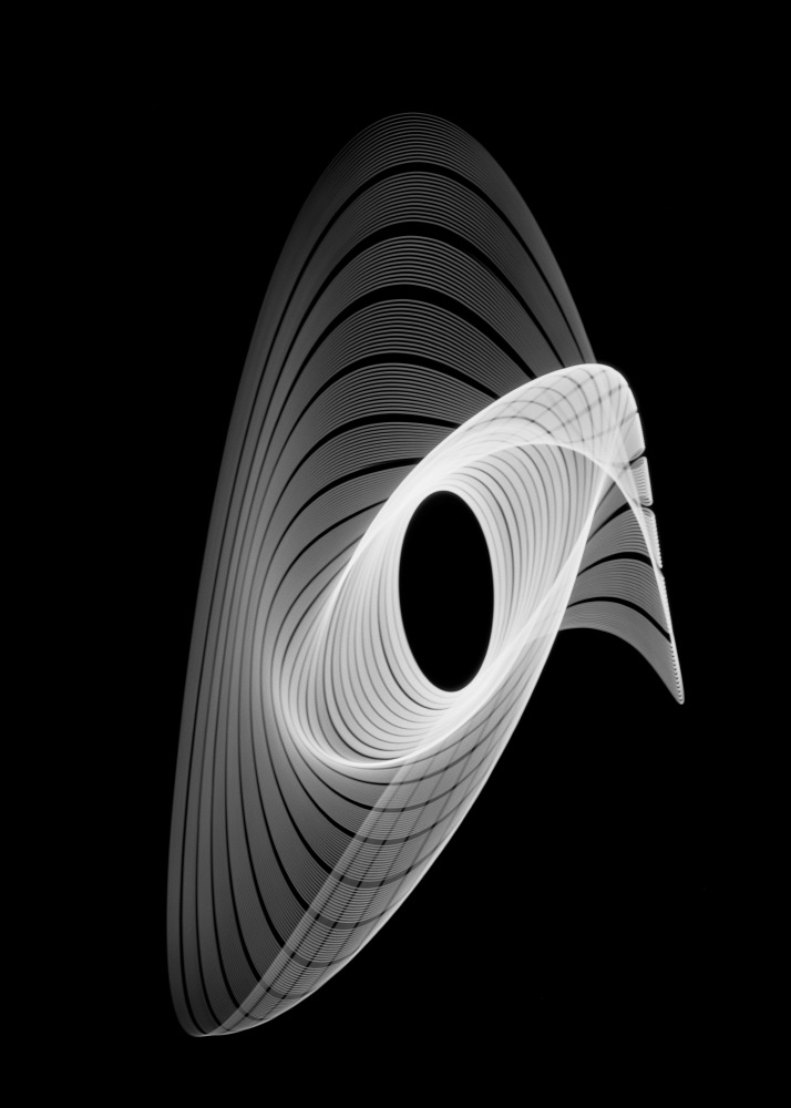 Heinrich Heidersberger .  # 03782_000_196  .  Edititon 15 + 2   Rhythmogramm  . ca. 1961 .  50 x 70 cm