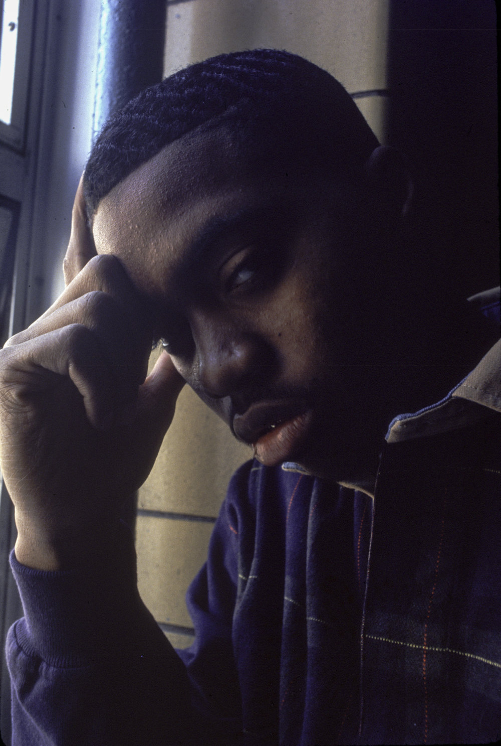 This was the original image used in the 5 mic review of Nas' debut album Illmatic in the Source Magazine.