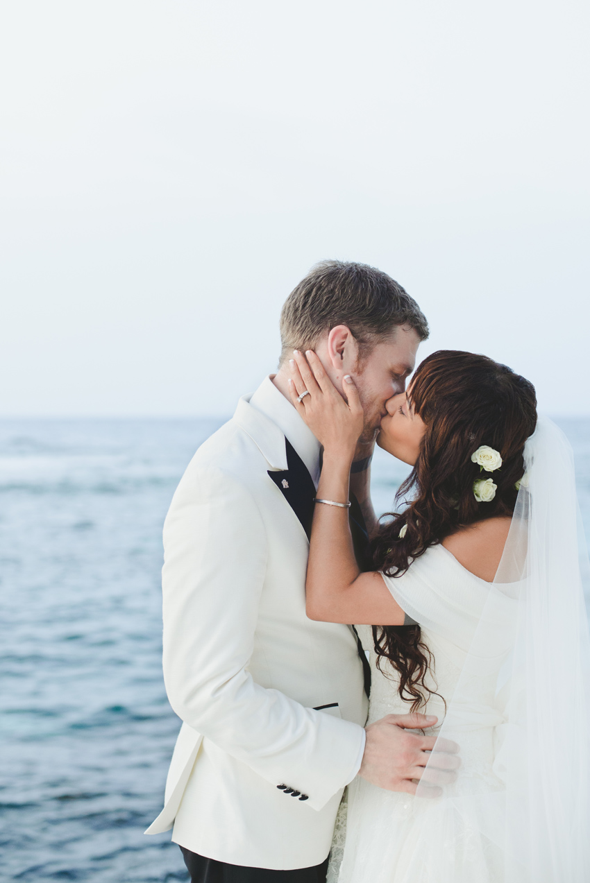 persia-white-joseph-morgan-wedding-goldeneye-hotel-oracabessa-jamaica-ocho-rios-bride-groom-kiss-sea-dress-sara-megan-photography