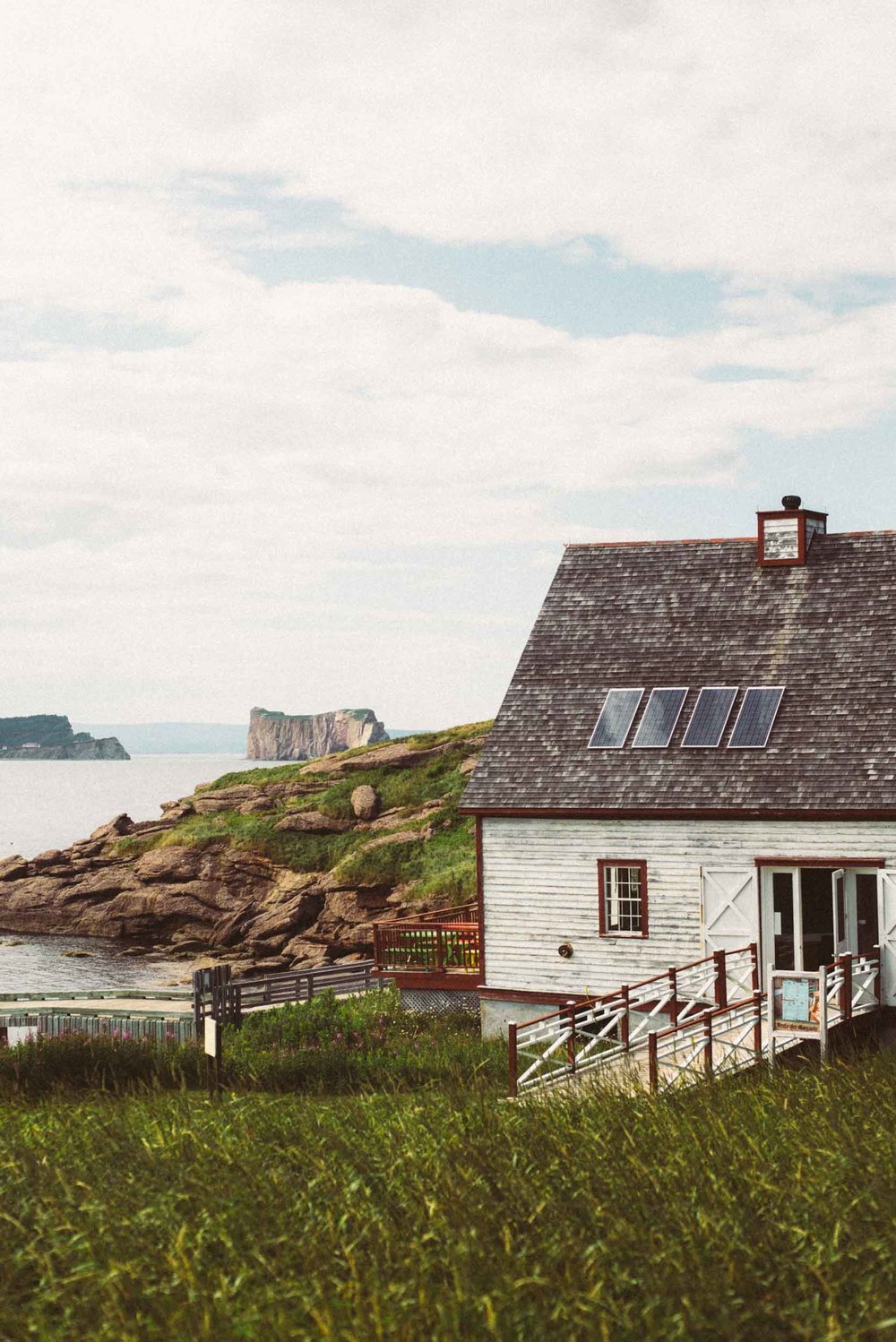 gaspesie-quebec-canada-travel-photographer-voyage-sara-megan-12.jpg