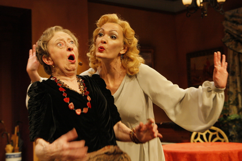 Blithe Spirit  -  Jungle Theater (2010)