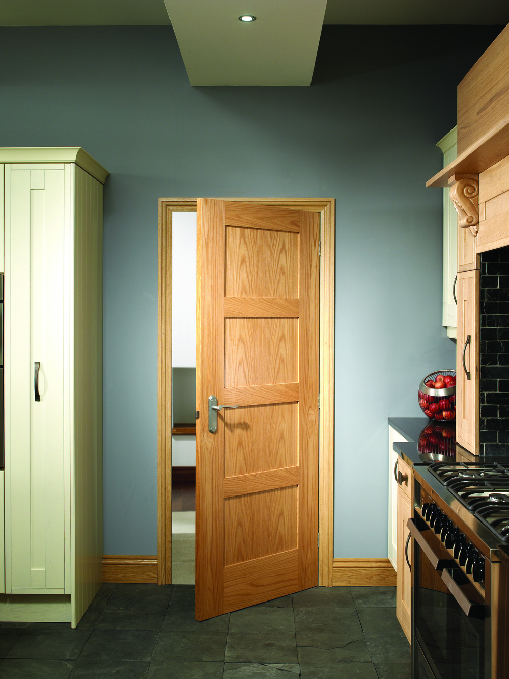 Oak Shaker 4 Panel Lifestyle.jpg