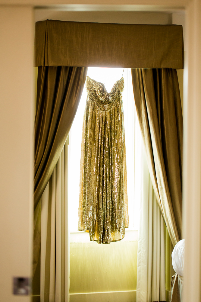 Wedding dress hanging | Jefferson Clinton Hotel