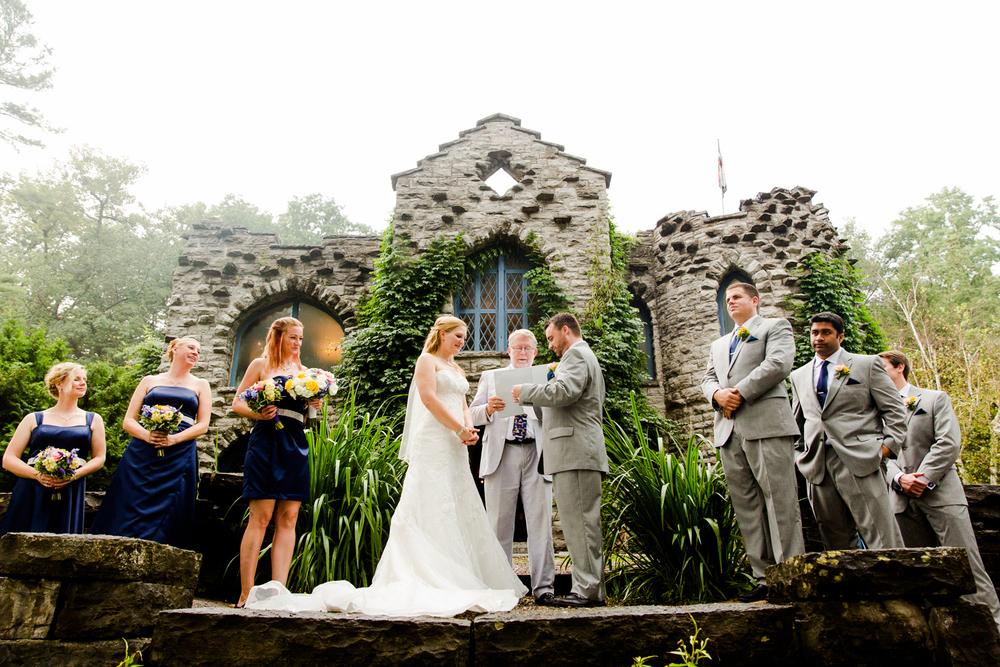 Beardslee Castle wedding ceremony