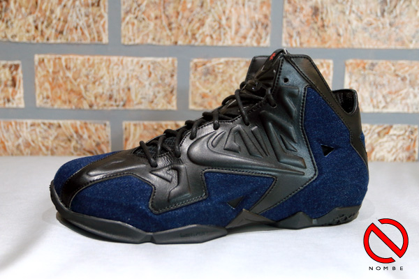 Black/Black-Denim   659509-004   Released:   April 26, 2014   Price:   $250