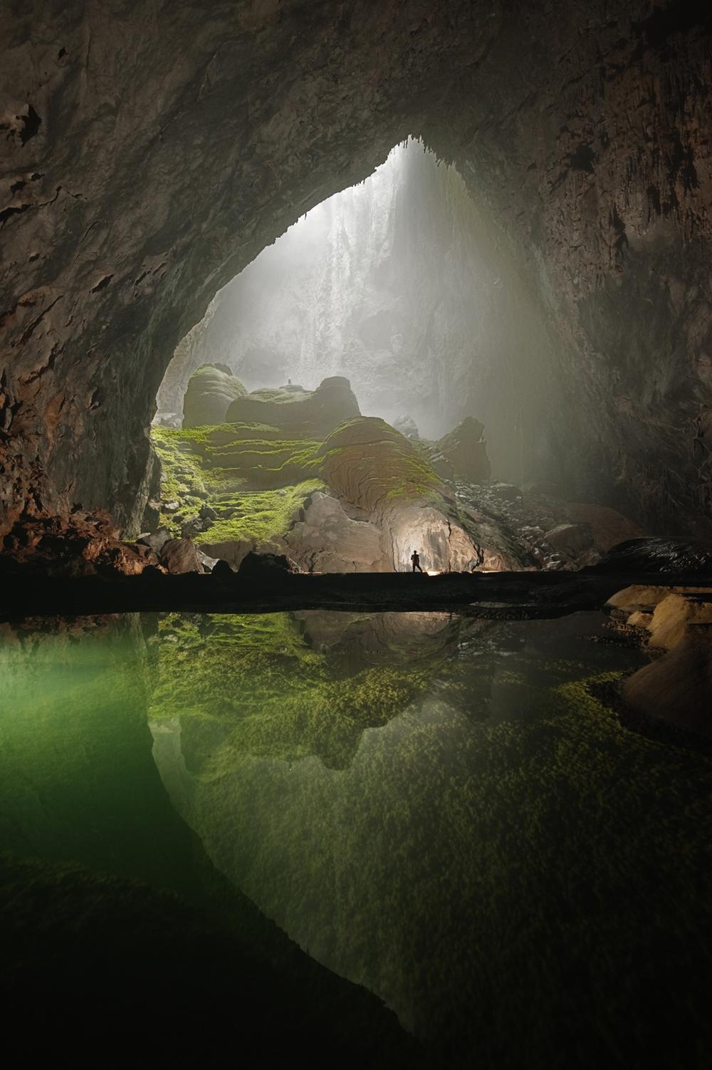 hang-son-doong-cave-vietnam-carsten-peter-03.jpg