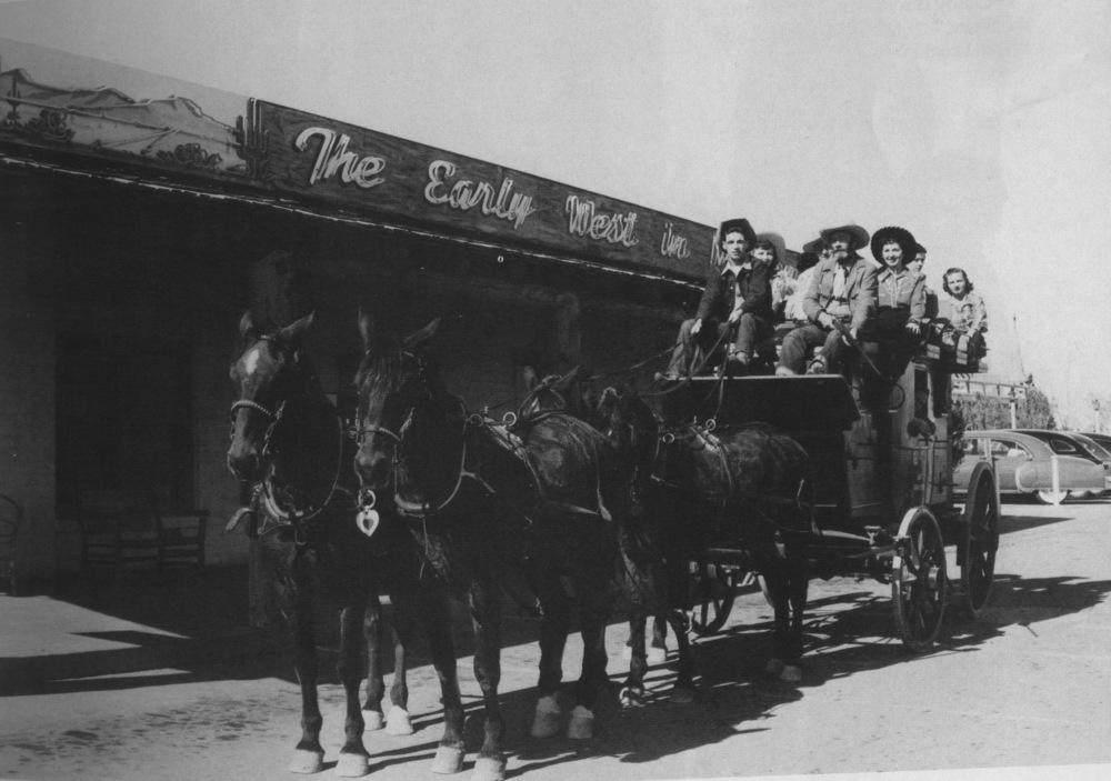 Hotel Last Frontier Stagecoach