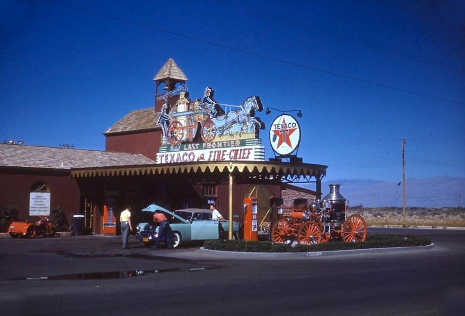 Hotel Last Frontier Texaco sign