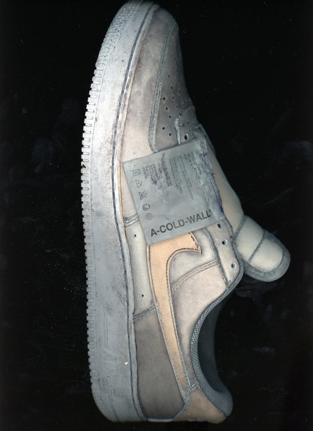 01_ACW_stain_shoe.jpg