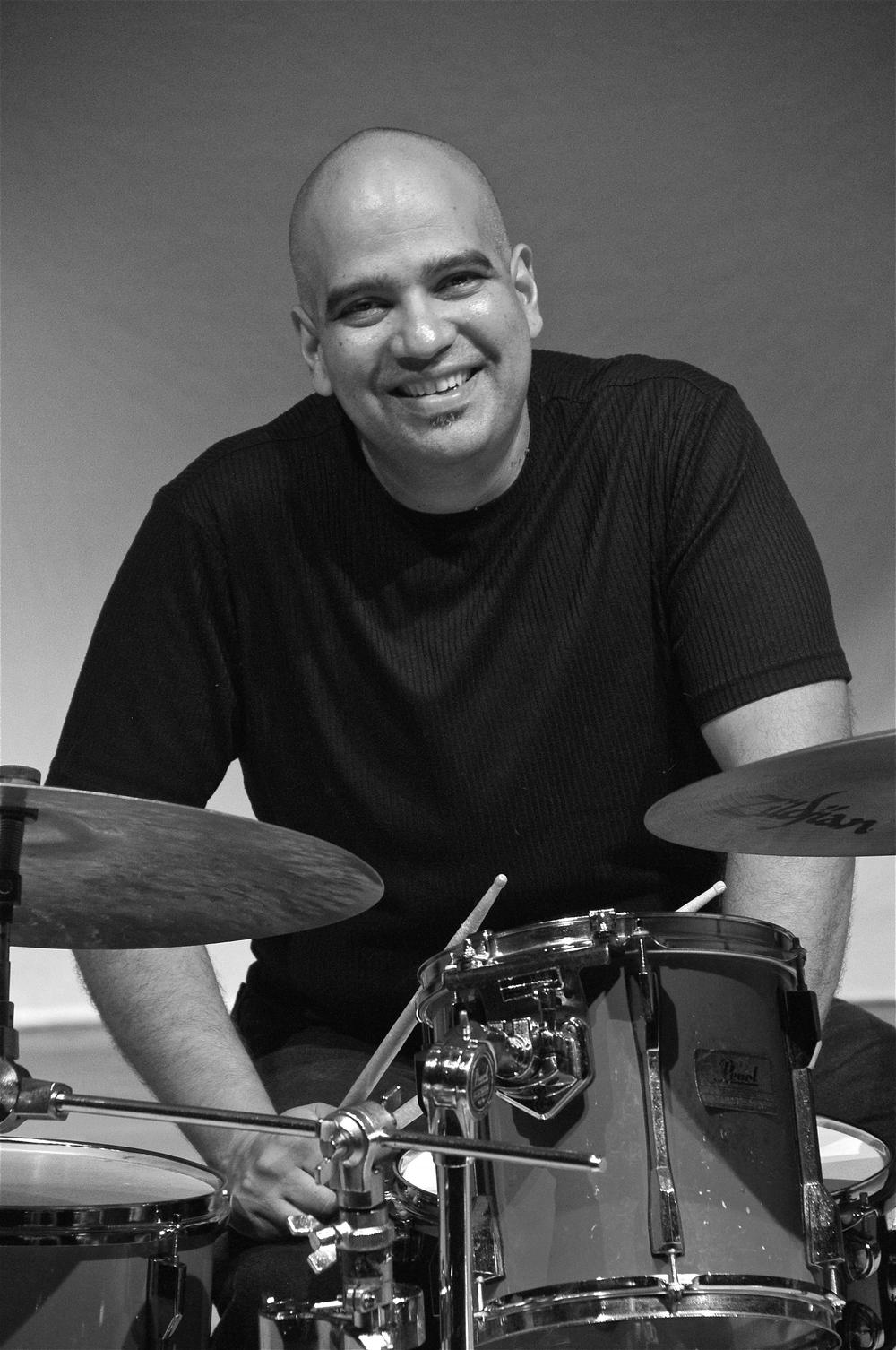 José M. Aponte    Drum Set - Snare Drum - Hand Percussion - World Styles