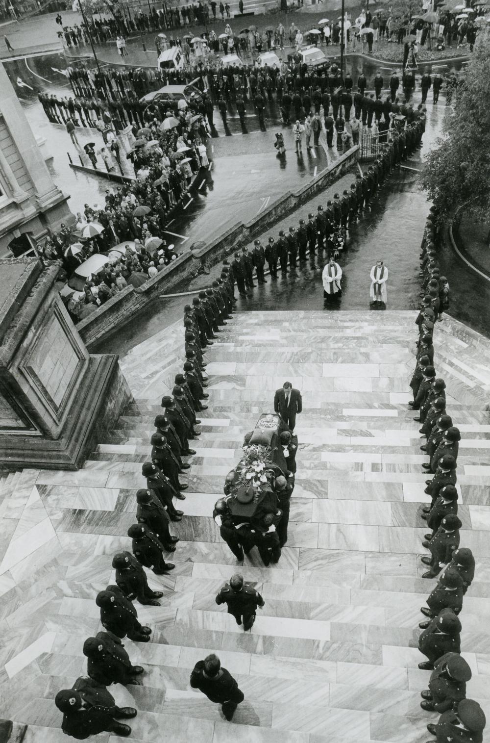 Stu Gutherie Aramoana Funeral 19 11 90.jpg