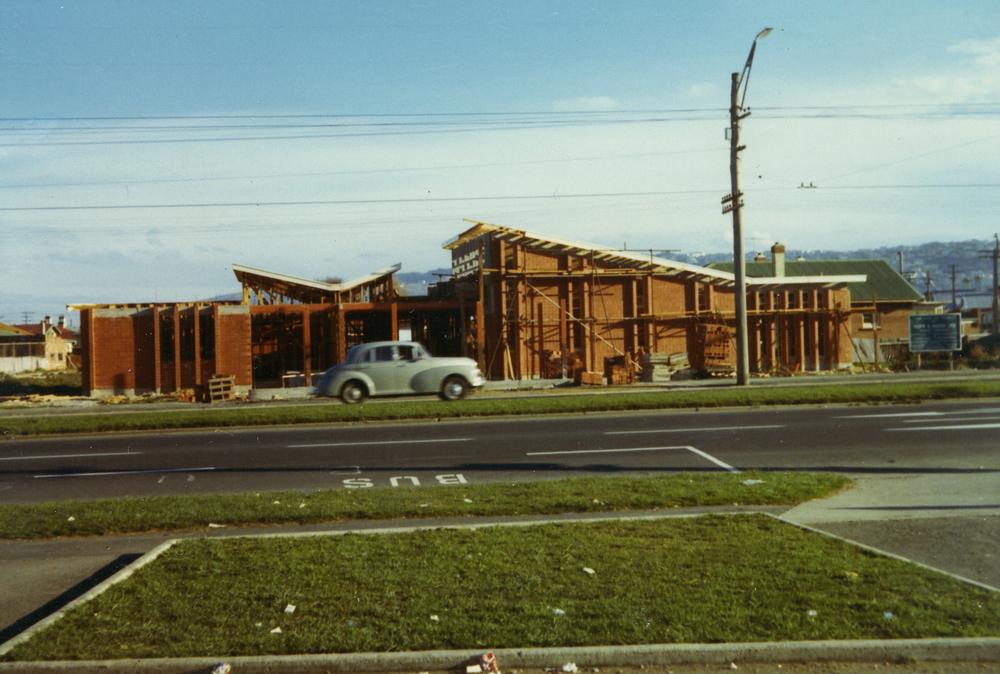 1970 Construction 2.jpg