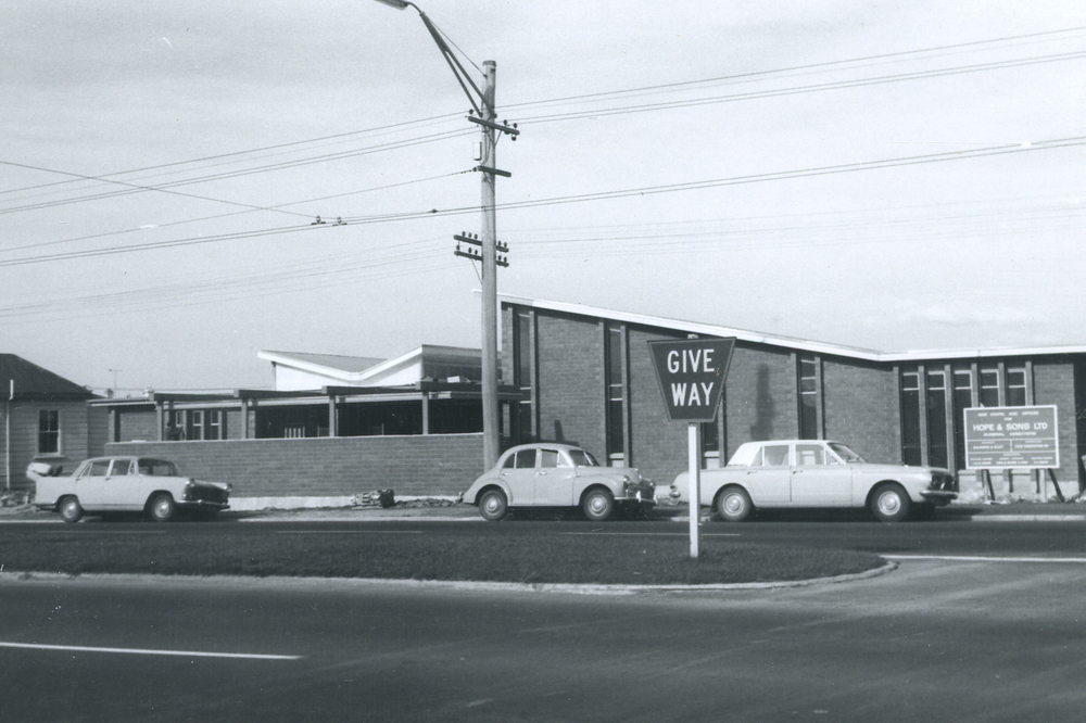 1970 Construction 4.jpg