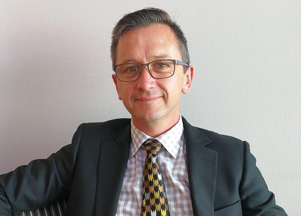 Chaim Cleavin — Funeral Director