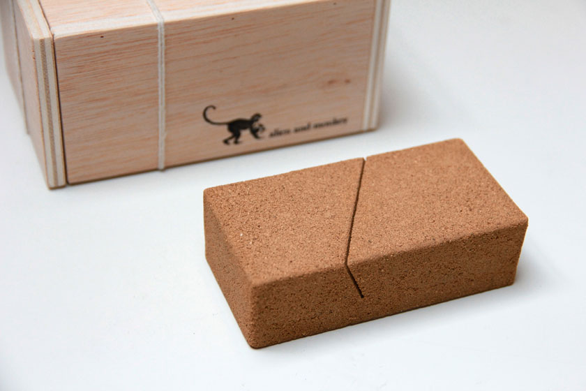 sand packaging jue 01.jpg