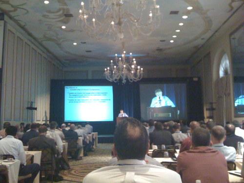 Jim Champy, twórca reingenereengu, przemawia na Project Flow 2008