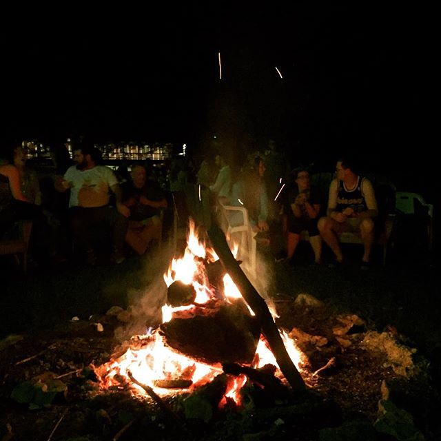 Last night of #chocolate #camp at #funconf2017 #bonfire #camplife 🔥@mauricio.schuartz @arceliagallardo @dandelionchocolate @fruitionchocolate  See you all next year!