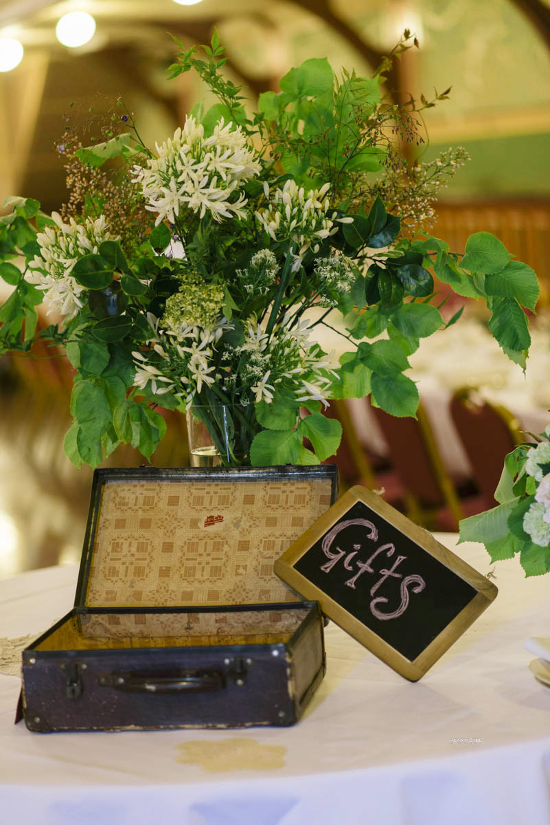 1401wu-181fitzroy_town_hall_wedding_setup_decoration_design_photobat_alan_moyle.jpg