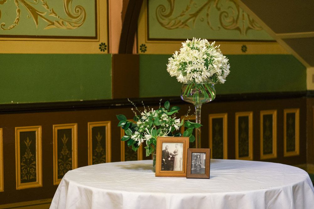 1401wu-192fitzroy_town_hall_wedding_setup_decoration_design_photobat_alan_moyle.jpg
