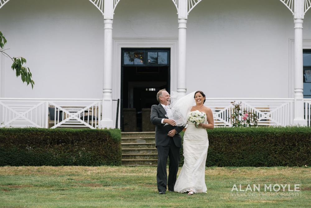 1401gray-181_wedding_tasmania_quamby_bride_groom_ideas_destination_launceston_alan_moyle_photobat_moments_story_phantom_details_bayside.jpg