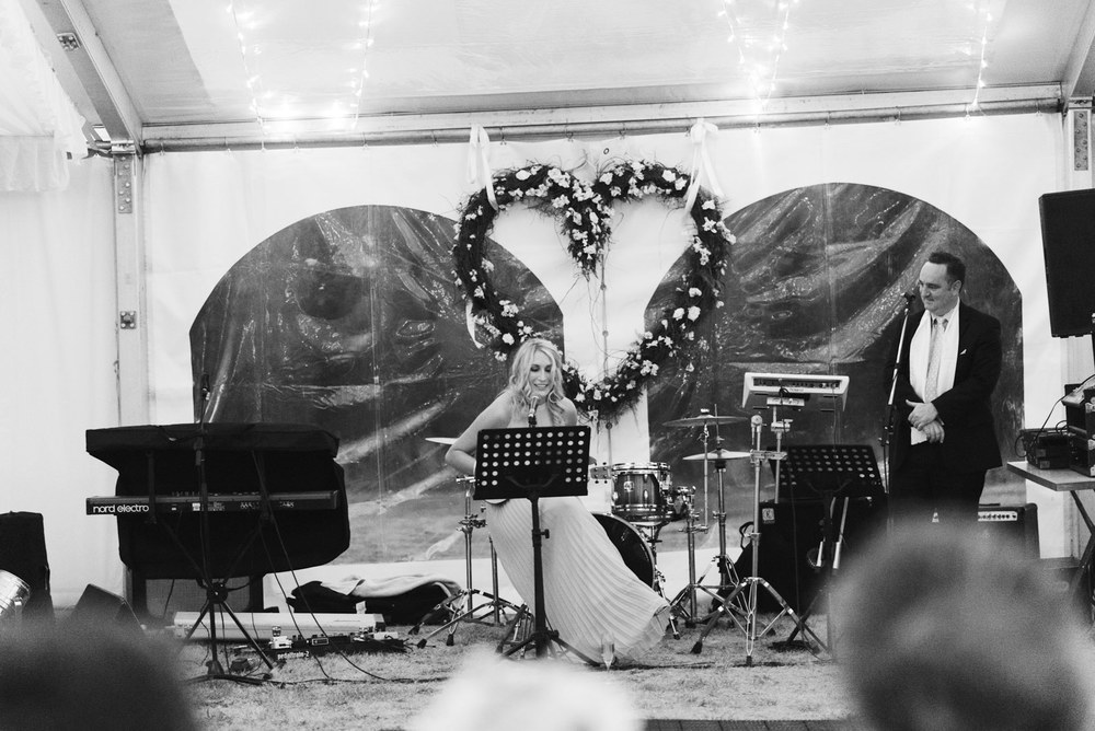 1403richter-535wedding_bridesmaid_hidden_talent_bride_clarendon_tasmania_alan_moyle_launceston_photography_photobat.jpg