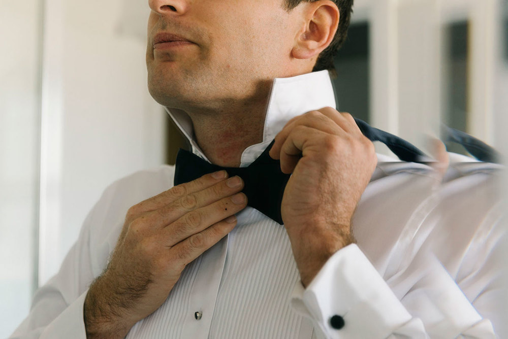 1503aplin-021alan_moyle_photobat_mornington_melbourne_brighton_bowtie_howto_suit_wedding_photography_portsea.jpg