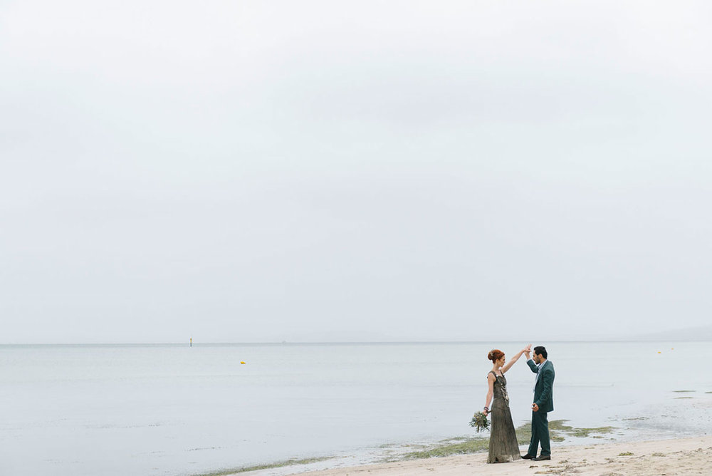 photobat_alanmoyle_wedding_melbourne_mornington_sea_beach_wedding_photographer_photography_different_unique_ethnic_fun_causal_candid_inspiration_019.jpg