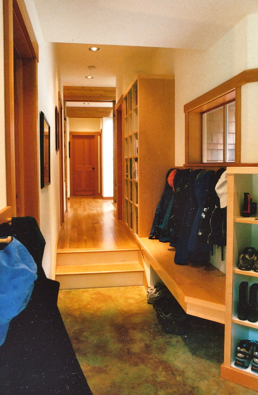 Kono - Mudroom Hall.jpg