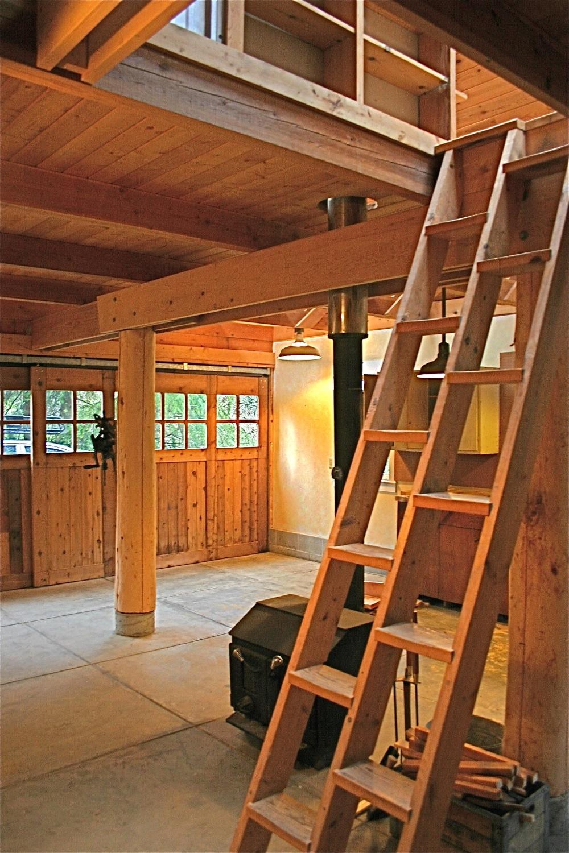 Hyla - Garage (Alt. Tread Stair).jpg