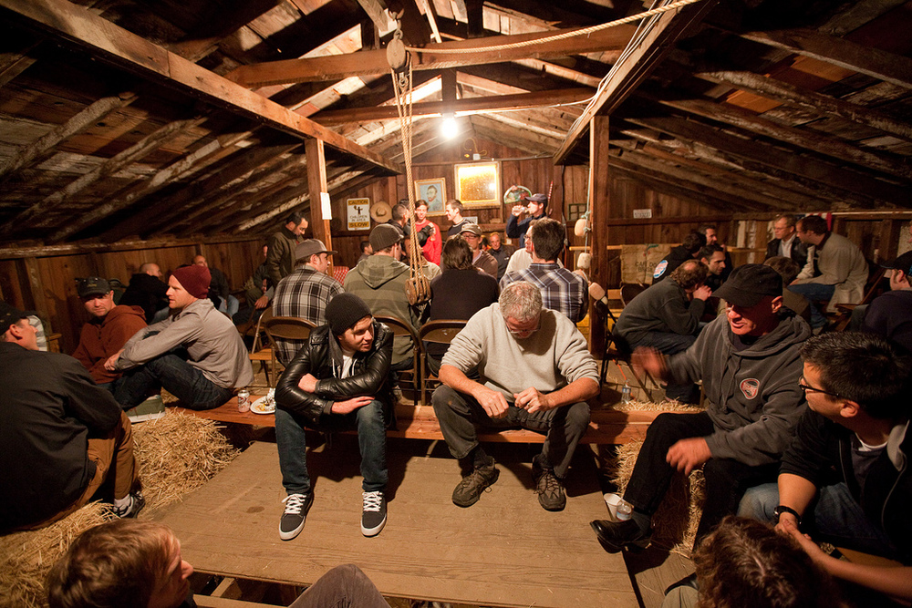 mens barn night.jpg