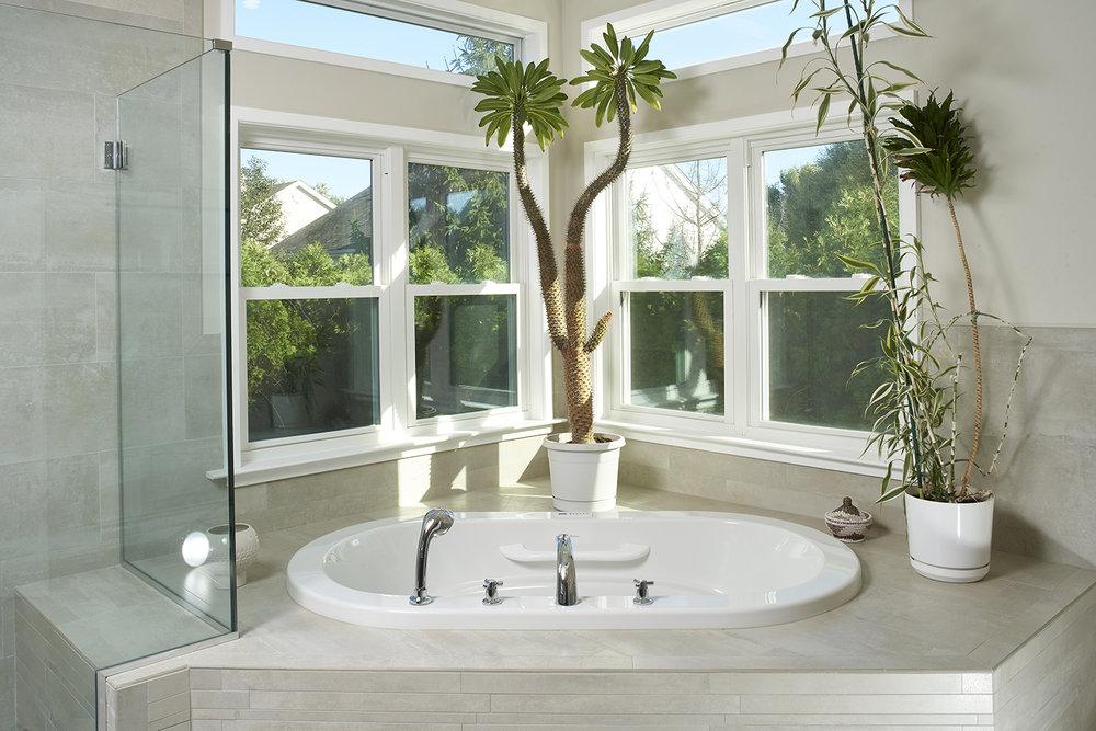 bathtub by windows.jpg