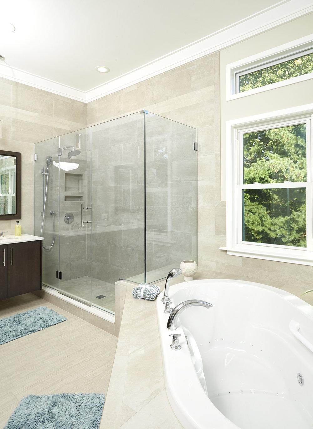 Bathroom long.jpg