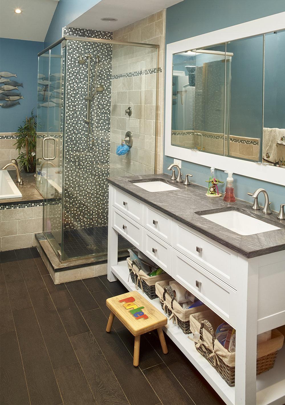 Bathroom 2 Dix Hills 5.jpg