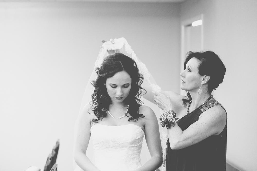 SARAH+TANNER WEDDING-19.jpg