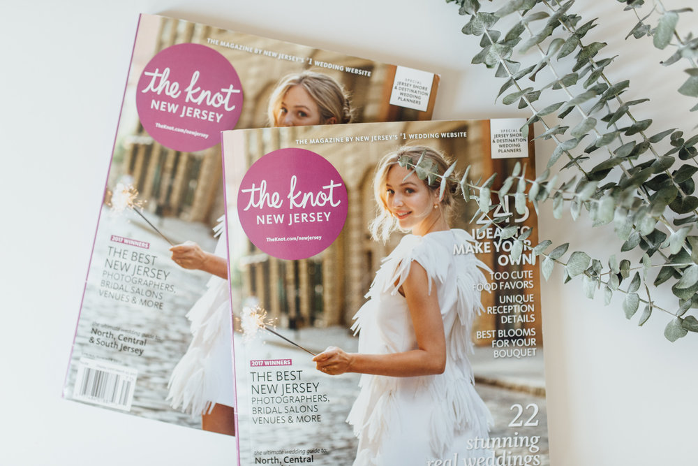 Lydia Marie Elizabeth was featured as a Live Wedding Painter in The Knot New Jersey Spring 2017 edition.  Photographer (Alison Dunn Photography) article here.  (online version of this article is unavailable at this time.)