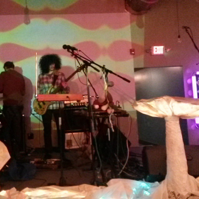 come on down to barrelhouse south we are going into the wormhole tonight #omingnome#planetaryprojections #xuluprophet #psychedelic #liquidlight