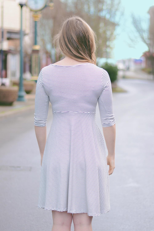 Dress1_04.jpg