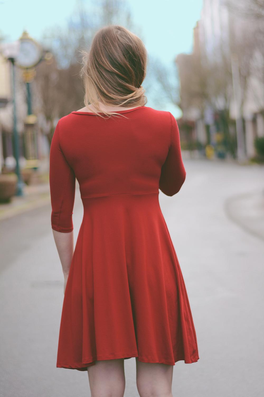 Dress2_04.jpg
